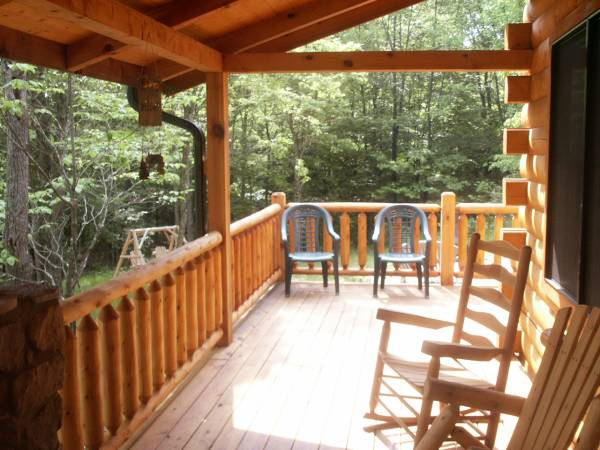Private Log Front Porch w/ rocking chairs